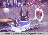 Band Day parade 1982, Epping Sons of Norway float, Williston, N.D.