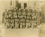 Williston Coyotes 1932 football team portrait