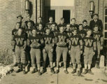 Williston Coyotes 1933 football team portrait