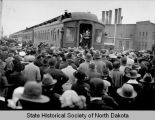 Theodore Roosevelt speaking from railroad car, Fargo, N.D.