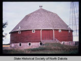 Jens Myhre round barn, exterior view, New Rockford, N.D. vicinity