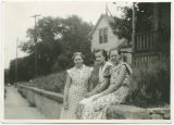Dora Kundiger, step sister Ester Lee and friend