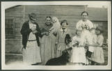 Kundigers with neighbors and dogs, Burke County, N.D.