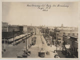 New ornamental posts on Broadway, Fargo, N.D., 1925