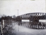 Northern Pacific Railroad bridge over the Red River during flood, Fargo, N.D.